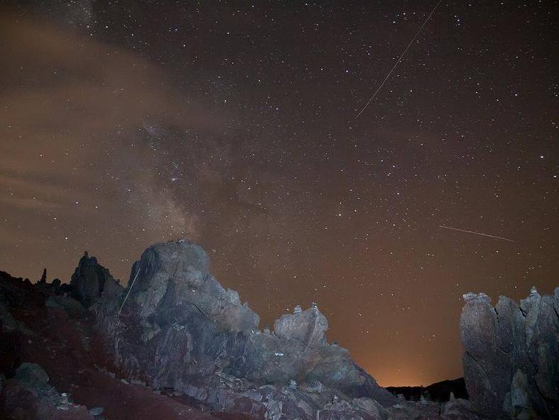 Viatjant en un estel fugaç